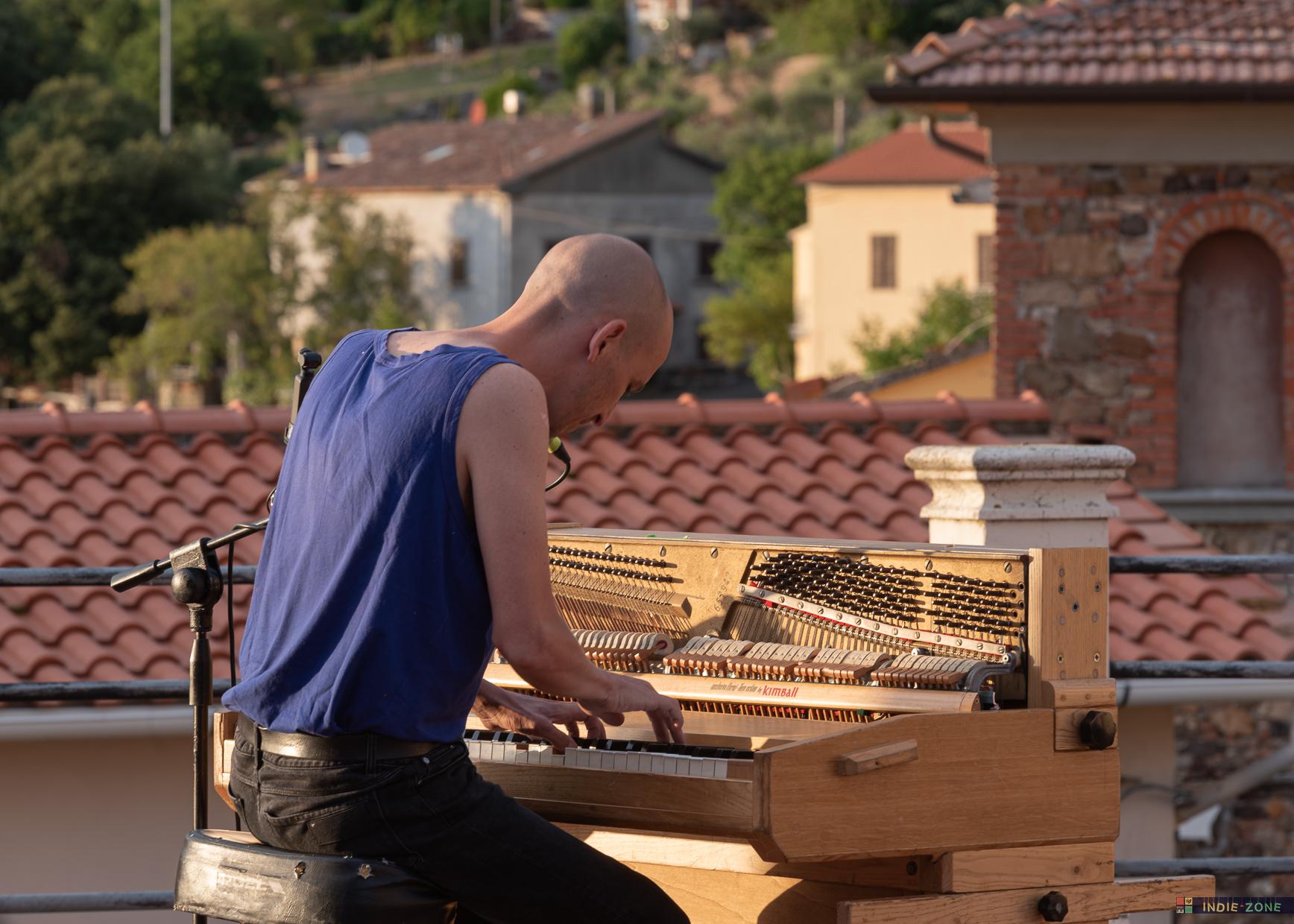 2020-08-04-Giovanni-Truppi-@-Musicastrada_1
